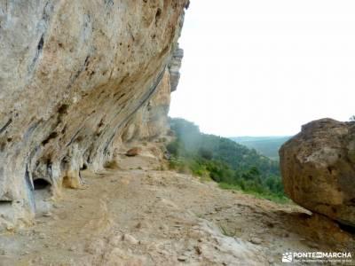 Escalerón,Raya,Catedrales de Uña;rutas alto tajo valle de aran senderismo agencias de viajes de av